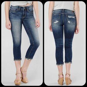 🆕️ BKE Buckle Stella Skinny cropped jeans sz 27